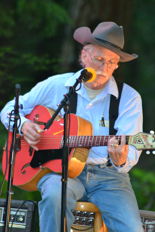 3 Rivers Folklife Concert Featuring J.W. McClure In Pasco, Washington