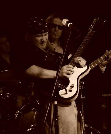 Seth Freeman - 2 Nights of Modern Blues At The Emerald of Siam Richland, Washington